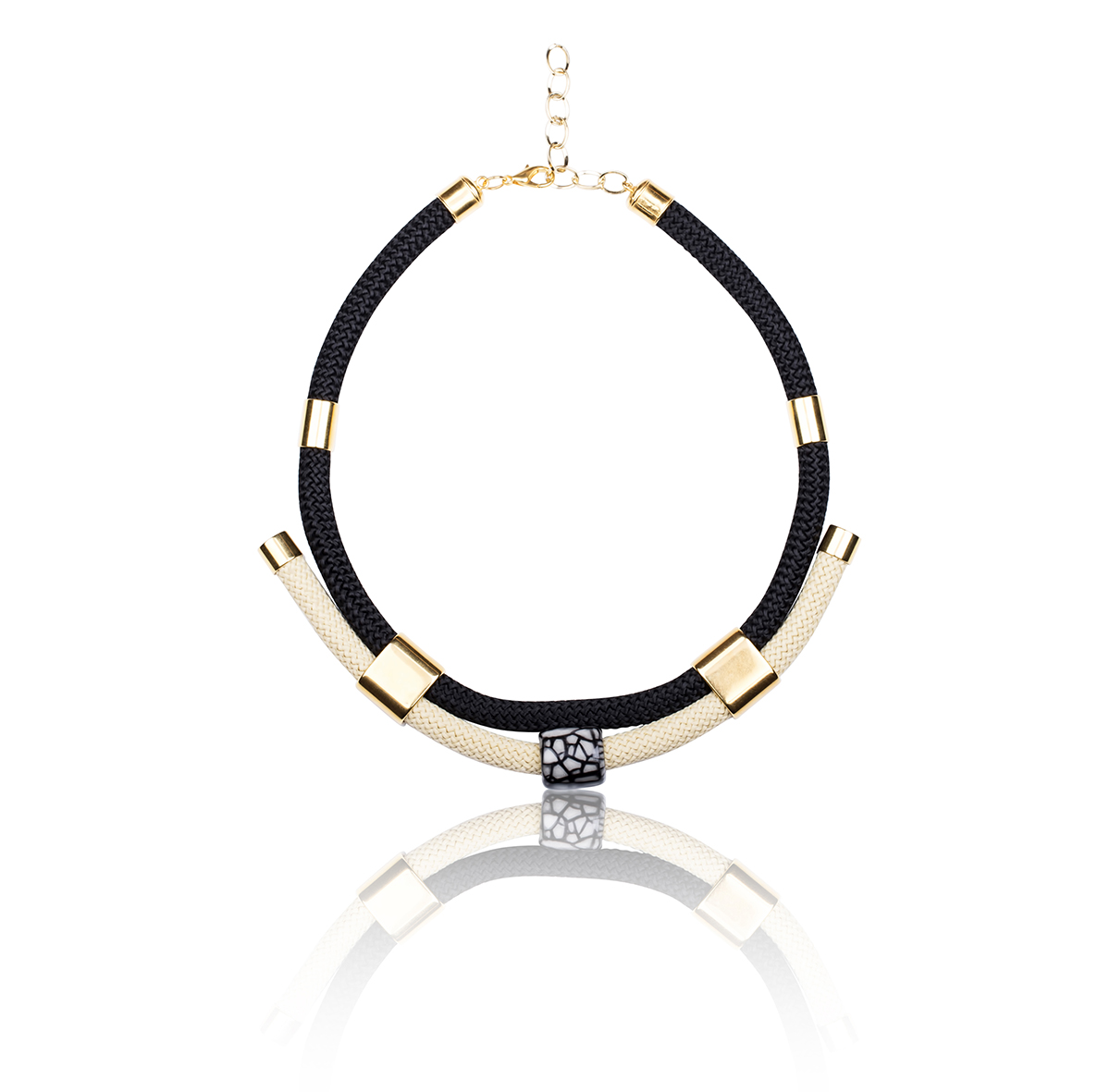 IRIS: Make a statement necklace / Black & White | Accessories,Jewelry > Necklaces,Jewelry -  Hiphunters Shop